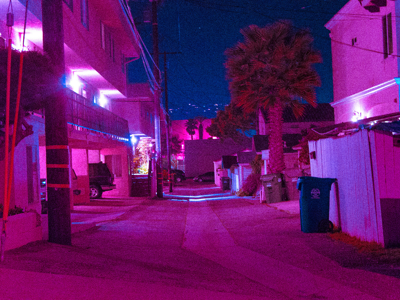streets nigth, fluo, flow-art-station, los angeles, photography, neon, surreal, asthetic, colors, nostalgy, magenta