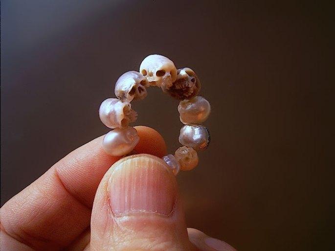 carved-pearl-skulls-vanitas-shinji-nakaba-3