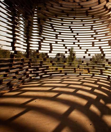 dezeen_Reading-between-the-Lines-by-Gijs-Van-Vaerenbergh_09