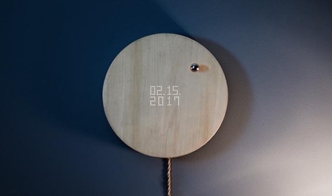 flyte-levitating-clock-floating-timepiece-7
