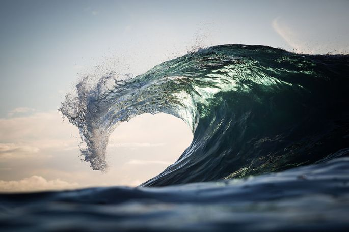 Moments-in-the-Ocean-Images-created-from-water-light.20__880