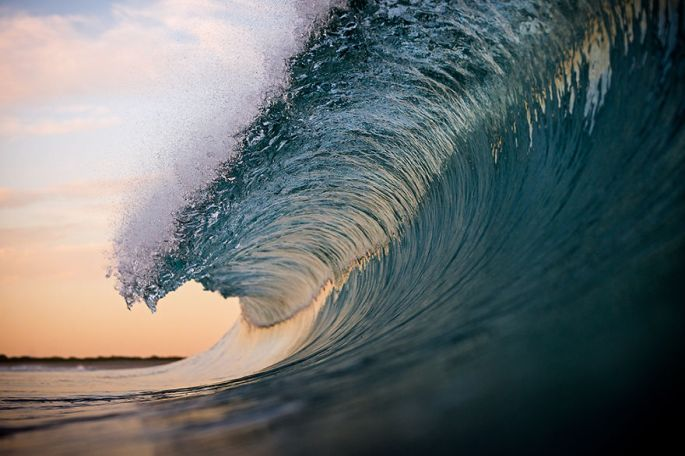 Moments-in-the-Ocean-Images-created-from-water-light.35__880