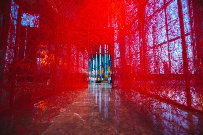 Chiharu-Shiota-Installation-DeNada