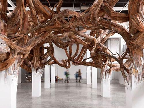 1-twigs-like-wooden-installation