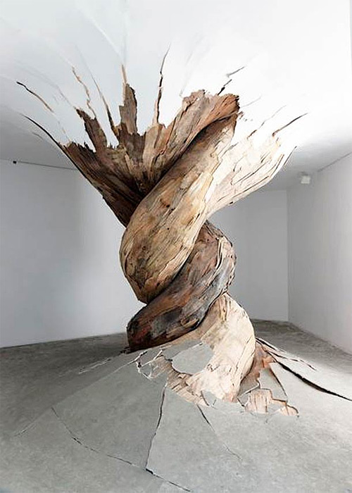 3-gigantic-tornado-form-wooden-installation