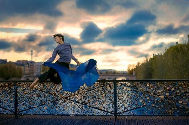Ballet-Dancer-Flying-Trough-The-Air-019