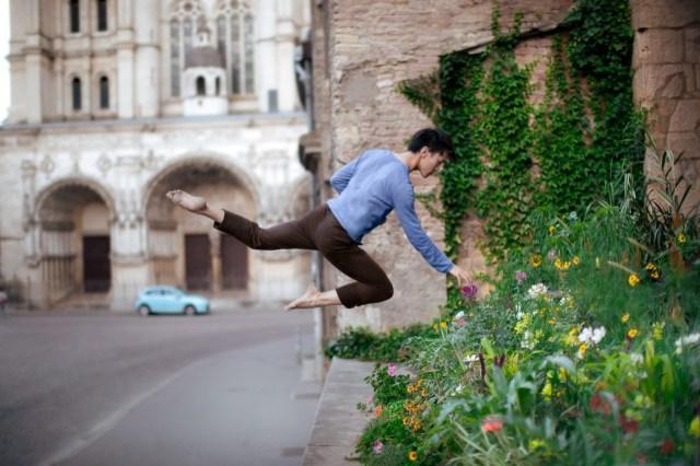 Ballet-Dancer-Flying-Trough-The-Air-022