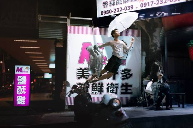 Ballet-Dancer-Flying-Trough-The-Air-04
