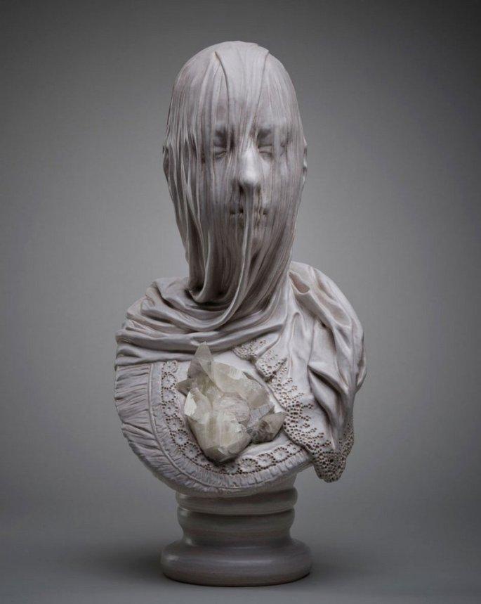 Esculturas-de-bustos-velados-em-mármore-de-Livio-Scarpella-1