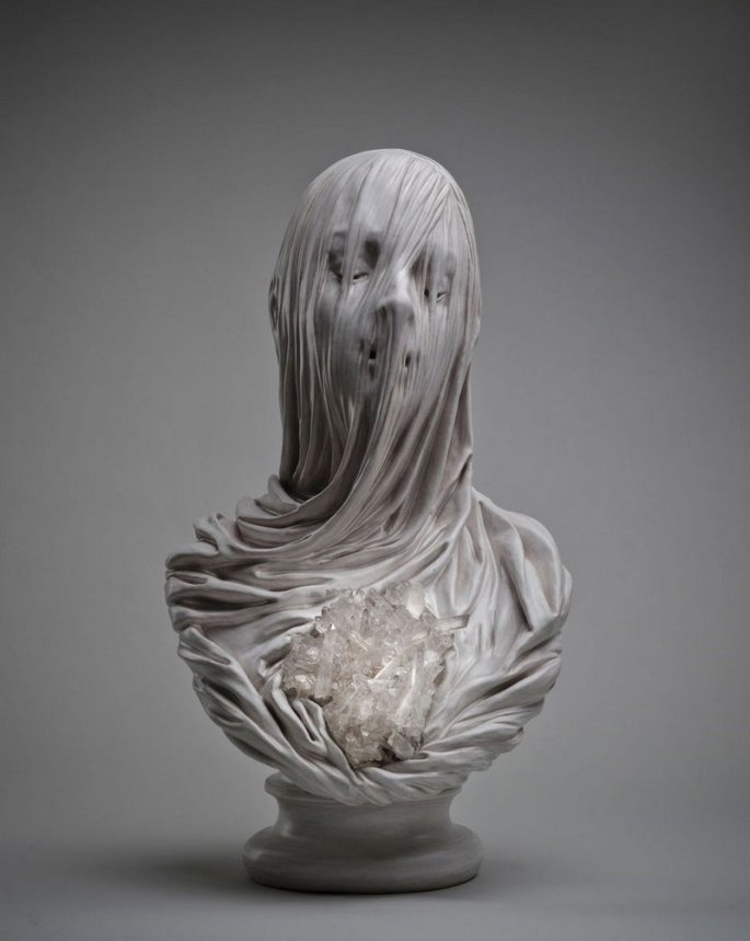 Esculturas-de-bustos-velados-em-mármore-de-Livio-Scarpella-2