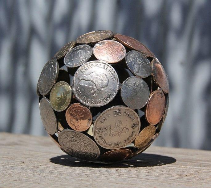 old-discarded-key-coin-sculptures-michael-moerkerk-moerkey-24