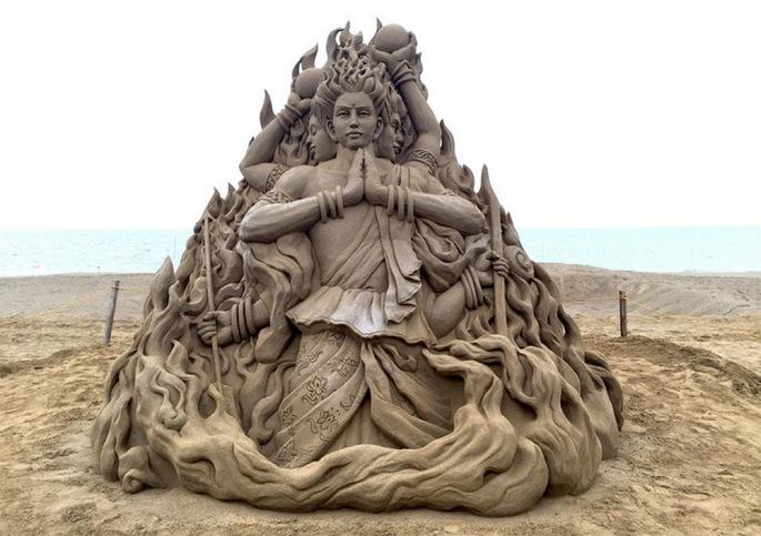 Toshihiko-Hosaka-sand-art