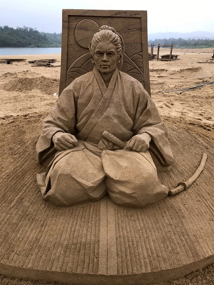 Toshihiko-Hosaka-sand-art3