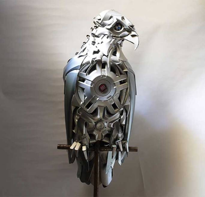 hubcaps-recycling-art-upcycling-ptolemy-elrington-3