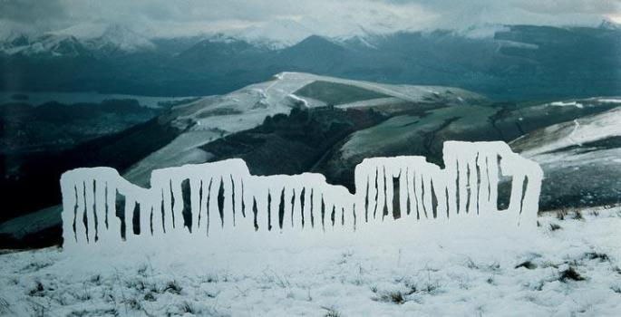 2001-andy-goldsworthy