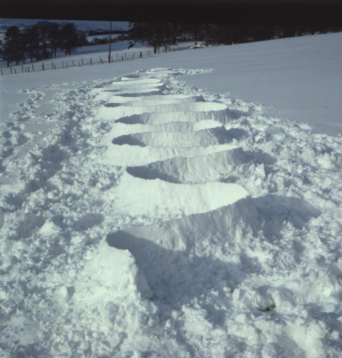 snow-squiggle-nj2vx3