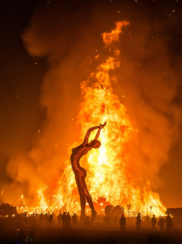 Trey-Ratcliff.-Burning-Man-3