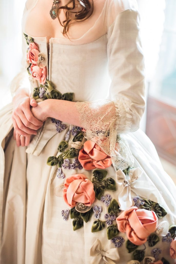 lauren-rossi-historical-dress-10