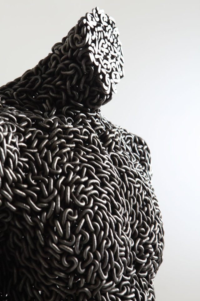 Seo-Young-Deok-incredible-chain-sculptures-yatzer-13