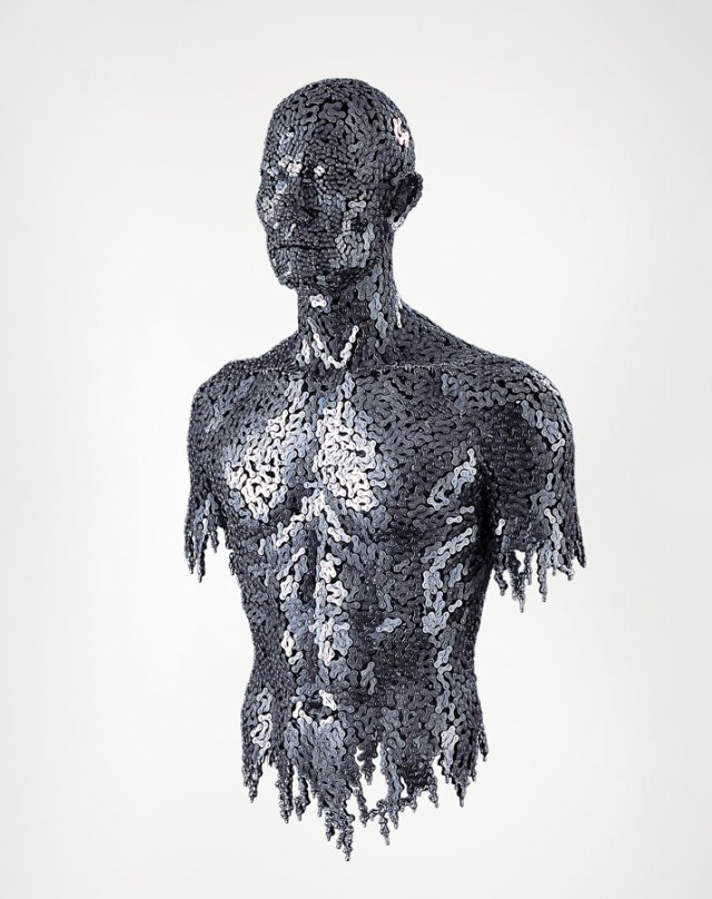 Seo-Young-Deok-incredible-chain-sculptures-yatzer-7