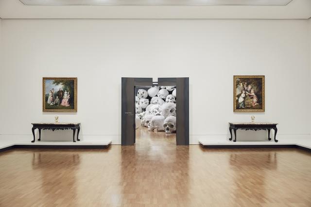 Mass-gli-enormi-teschi-dello-scultore-Ron-Mueck-Collater.al_2