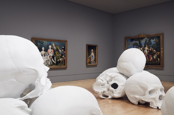 Mass-gli-enormi-teschi-dello-scultore-Ron-Mueck-Collater.al_3