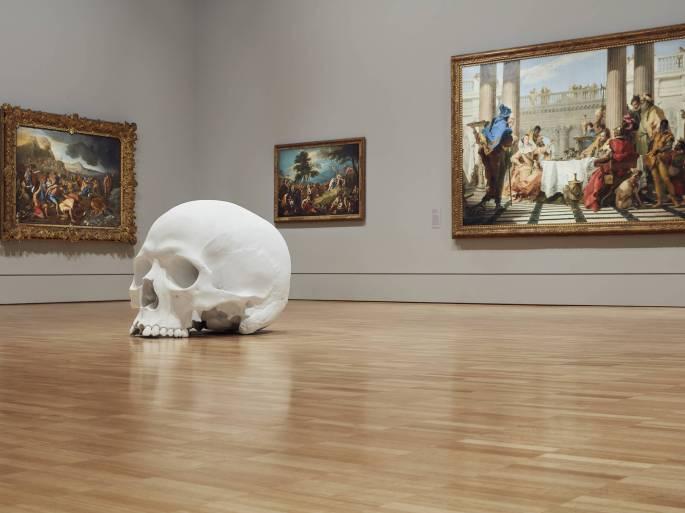 Mass-gli-enormi-teschi-dello-scultore-Ron-Mueck-Collater.al_7