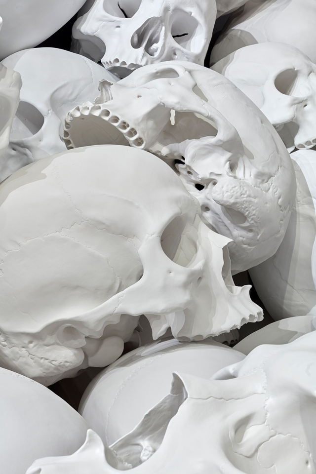 ron-mueck-national-gallery-victoria-triennial-mass-designboom-013