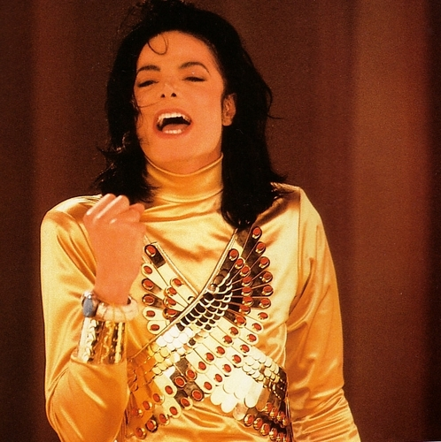do-you-remember-the-time-when-we-fall-in-love-michael-jackson-music-videos-10472991-498-500