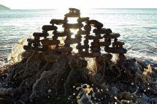 james-brunt-natural-materials-land-art-england-33