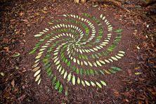 james-brunt-natural-materials-land-art-england66-5a7d955d926ff__880
