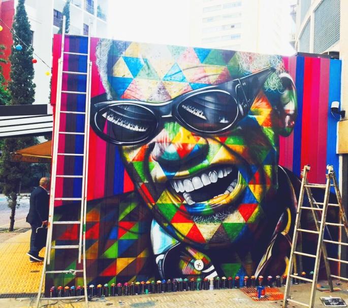 street-art-portraits-by-eduardo-kobra-18