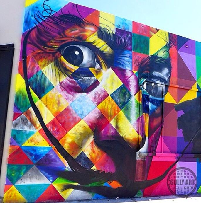 street-art-portraits-by-eduardo-kobra-7