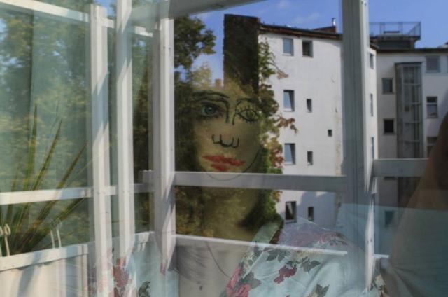 double-faced-portraits-sebastian-bieniek-designboom-20