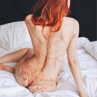 The Art of Mehndi & Erotic Henna By  Mary Ginkas  (sensitive content)