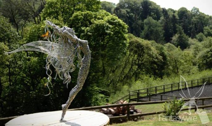 wire-sculpture-robin-wight-05