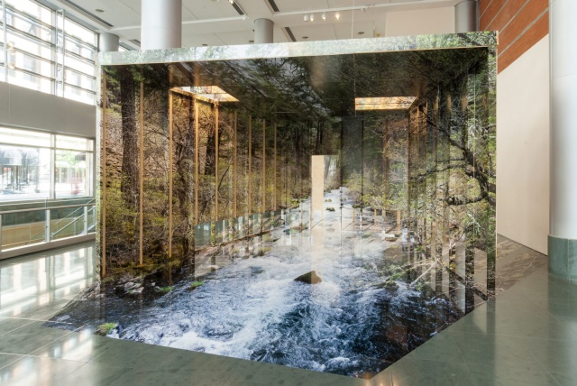 chris-engman-dazzling-installations-photographic-illusions-yellowtrace-01