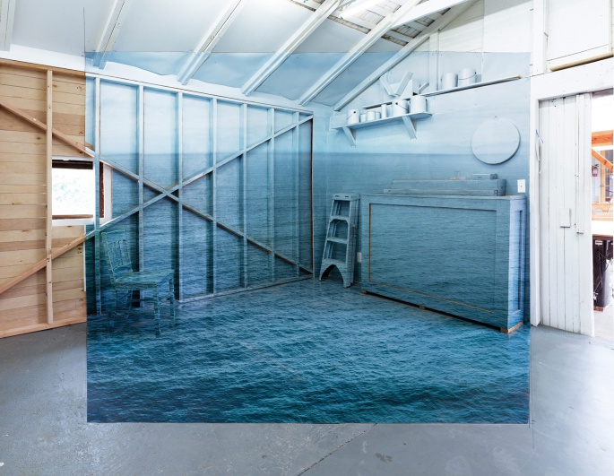 chris-engman-dazzling-installations-photographic-illusions-yellowtrace-05