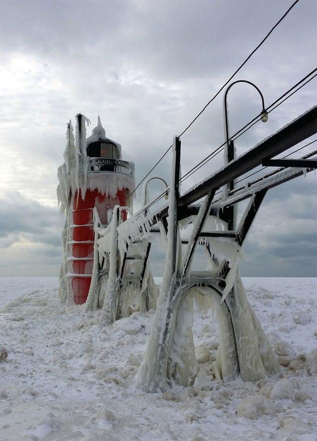 ice-shards-frozen-lake-michigan-5c938d632b9f8__880