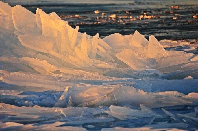 ice-shards-frozen-lake-michigan-5c938d659bec2__880
