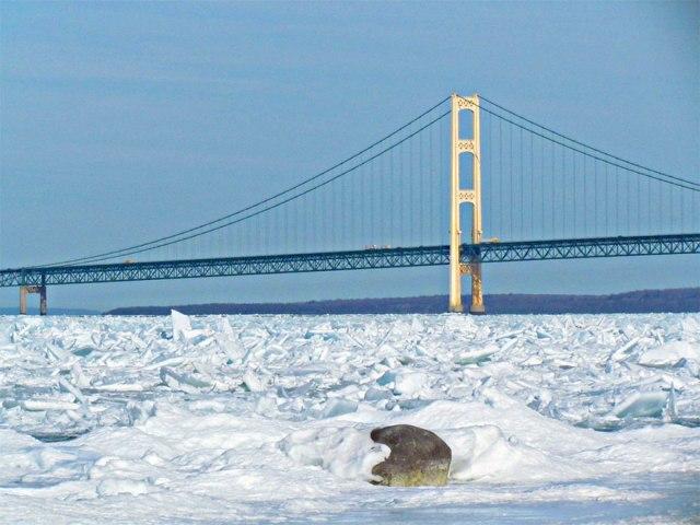ice-shards-frozen-lake-michigan-5c938d6e6b8de__880