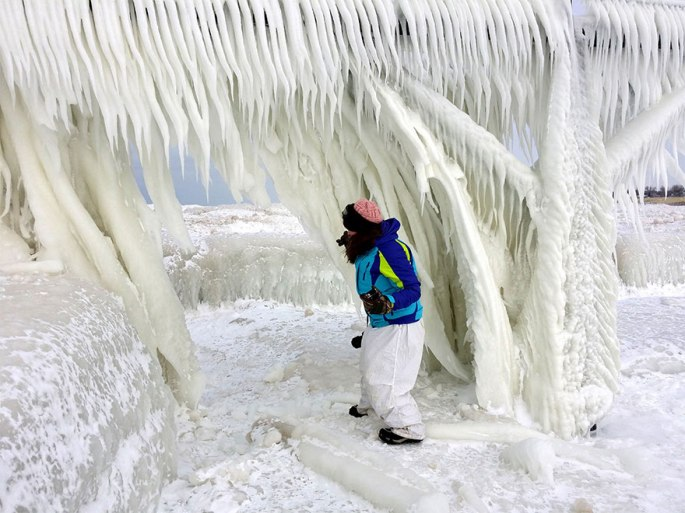 ice-shards-frozen-lake-michigan-5c938d70892f7__880