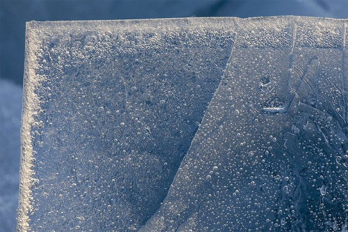 ice-shards-frozen-lake-michigan-6-5c934d9415eeb__880