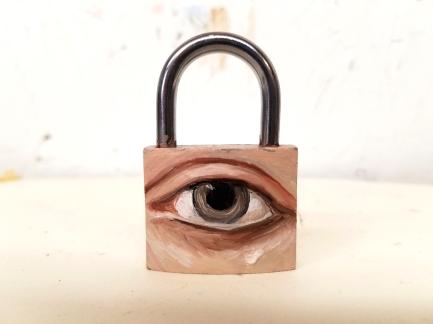 padlock-eye-large